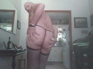 Danruns sexy attire and cum for you all :)