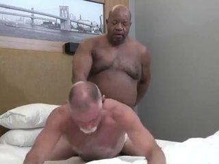 Mature daddy fucked by black grandpa bear
