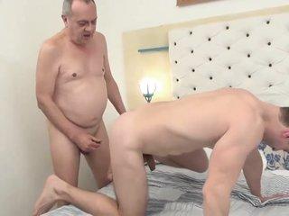 [O4M] Young guy love grandpa big cock
