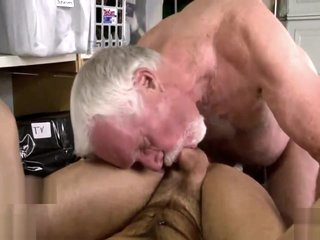 Parker gets fucked by a daddy