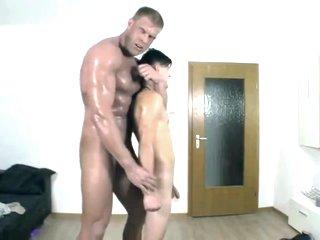pequeno bottom e gigante top