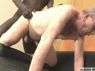 Grandpa sucking & getting fucked by big black cock