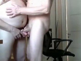 Grandpa couple suck on webcam