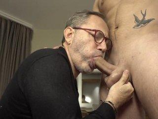 Mr BigHOLE Big Ass Gay Escort Fucked in Hotel Again