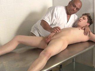 Sports Therapist treatment