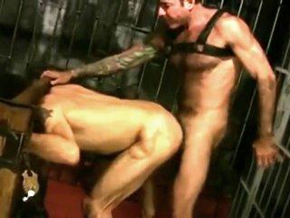 azioni sporche nella prigione