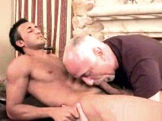 Ali Massaged (Jake Cruise)