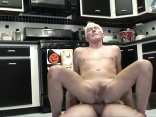Daddy Handyman With nice tool meets a Grandpa with hot ass