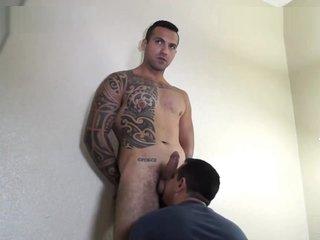 Beefcake Sandro fucks good