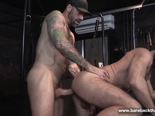 Hot Daddy fucks raw Jake s ass
