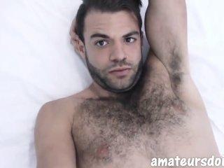 Hoiry amateur jock beats uncut meat in amateur masturba