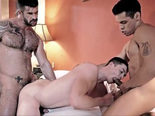 Raw double penetration 10 - bareback creampie and cumeating