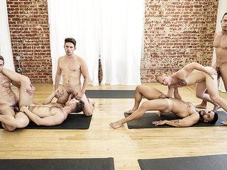 Arad Winwin & Casey Jacks & Jacob Peterson & Leo Luckett & Leon Lewis & Wesley Woods in Yoga - GodsOfMen