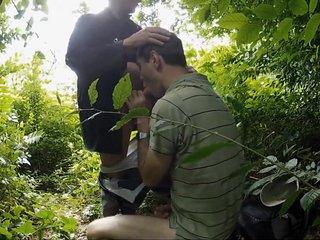 Podryw w lesie 1
