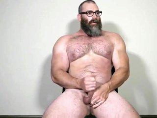 Muscle Daddy Rick Flex Jerk Off  Cum