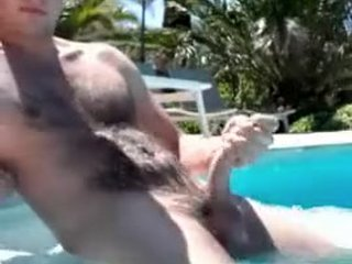 18 yo guy mastrubating by the pool